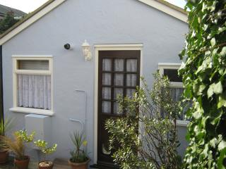 1 bedroom Cottage with Dishwasher in Sandown - Sandown vacation rentals