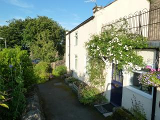 2 bedroom Cottage with Internet Access in Winster - Winster vacation rentals