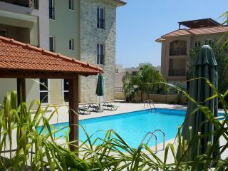 Charming 2 bedroom Condo in Mazotos - Mazotos vacation rentals