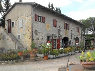 Nice House with Shared Outdoor Pool and Balcony - Montespertoli vacation rentals