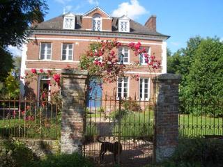 Les Hortensias - Saint-Vaast-d'Equiqueville vacation rentals