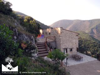 1 bedroom Farmhouse Barn with Internet Access in Roccantica - Roccantica vacation rentals