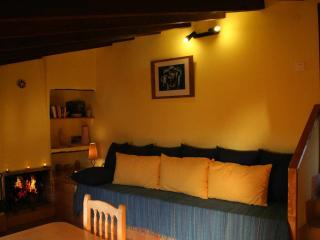 Romantic Apartment with Internet Access and Balcony - Agost vacation rentals