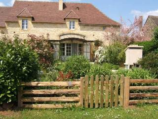 Britou belle location 2 Personnes - Saint-Avit-Senieur vacation rentals