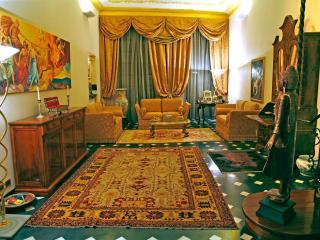Camera in apt XV Secolo - Savona vacation rentals
