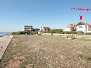 Cozy 2 bedroom Condo in East Wittering - East Wittering vacation rentals