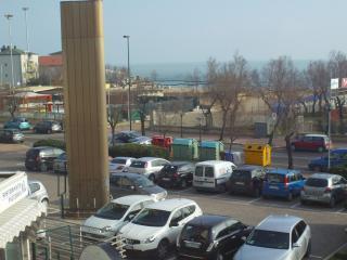 casa al mare privata - Pesaro vacation rentals
