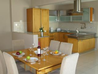 Luxury spacious penthouse, 11 - Bugibba vacation rentals