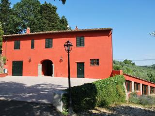 Nice 2 bedroom Townhouse in Romola - Romola vacation rentals