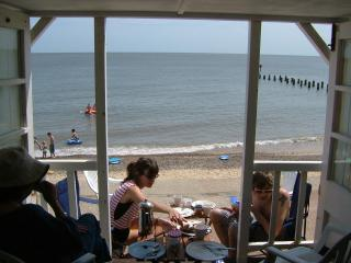 Chestnutt Cottage with Southwold beach hut option - Southwold vacation rentals