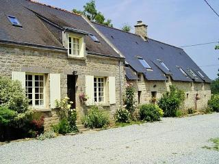 Couetilliec Cottages with heated pool - Guemene-sur-Scorff vacation rentals