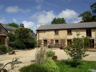 Beautiful Barn with Internet Access and Television - Tregony vacation rentals