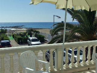 Residence Villa Piani Trilo C/6 app. n. 5 - San Vincenzo vacation rentals