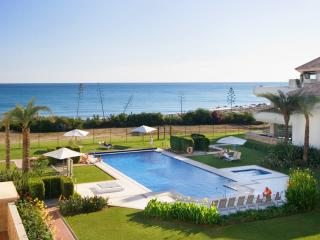 All year real HEATED POOL - beachfront luxury - Estepona vacation rentals