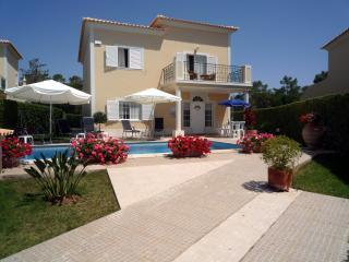 Nice 4 bedroom Vale do Lobo Villa with Internet Access - Vale do Lobo vacation rentals