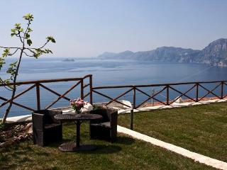 Holiday house on Amalfi coast - Praiano vacation rentals