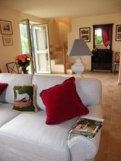 36 bedroom B&B with Internet Access in Pomezia - Pomezia vacation rentals