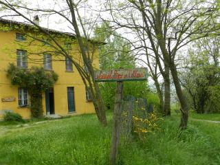 Bright 7 bedroom Farmhouse Barn in Valverde - Valverde vacation rentals