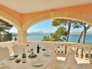 Penthouse Pollensa Bay Views - Alcudia vacation rentals