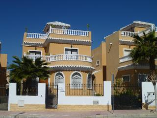 Our villa, a homely choice for a enjoyable stay - San Fulgencio vacation rentals