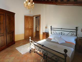Appartamento Aria C - Montone vacation rentals