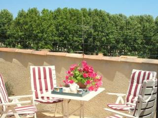 Maison Quartz Rose - Paraza vacation rentals