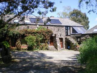 Longbow Barns, Lower apartment, Dartmouth, Devon. - Dartmouth vacation rentals