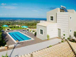 Villa Horizon- New Getaway with Panoramic Views - Skouloufia vacation rentals
