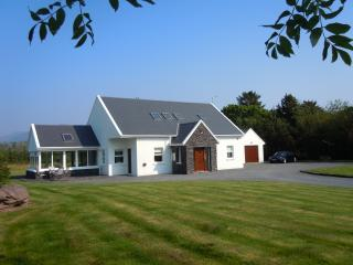 Luxury Villa Beenbane Lodge Wifi Waterville Kerry - Waterville vacation rentals
