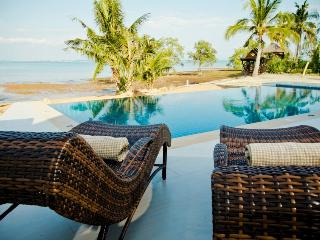 Nice Villa with Deck and Internet Access - Koh Chang vacation rentals