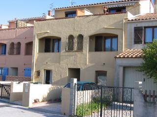 Holiday Home 'Le Sable' - Perpignan vacation rentals