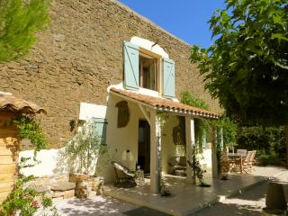 Lovely 4 bedroom Lezignan-Corbieres Barn with Internet Access - Lezignan-Corbieres vacation rentals