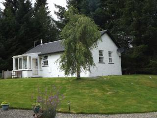 2 bedroom Cottage with Internet Access in Killin - Killin vacation rentals