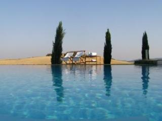 Cozy 2 bedroom Monteroni d'Arbia Villa with Internet Access - Monteroni d'Arbia vacation rentals