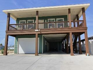 Brand new 4 bedroom home right next to the pool! - Port Aransas vacation rentals