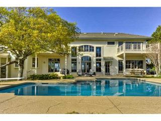 Premier Luxury Home overlooking Lake Austin only minutes away from Downtown! - Austin vacation rentals