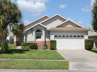 In popular Indian Creek, under 3 miles from Disney, private pool, free Wi-Fi - Central Florida vacation rentals