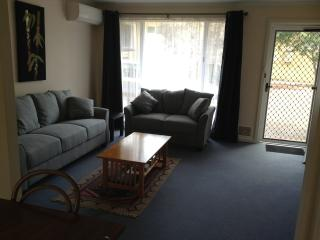 number 4 Middleton Mews Albany - Albany vacation rentals