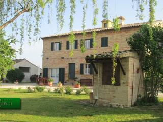 1 bedroom Bed and Breakfast with Internet Access in Montelupone - Montelupone vacation rentals