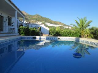3 bedroom Villa with Internet Access in Canillas de Aceituno - Canillas de Aceituno vacation rentals