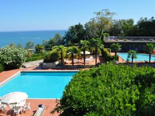 Appartamento a 20 metri dal mare - Gabicce Mare vacation rentals