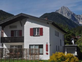 Nice Condo with Television and Central Heating - Mittenwald vacation rentals