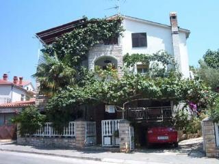 Pula Apartments Jole - Apt A4 - Pula vacation rentals