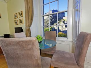 Castle Apartment - Edinburgh vacation rentals