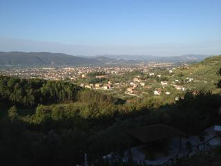 2 bedroom B&B with Internet Access in Castelnuovo Magra - Castelnuovo Magra vacation rentals