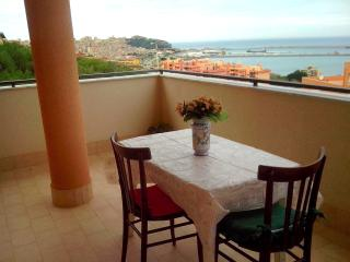 3 bedroom Penthouse with Internet Access in Termini Imerese - Termini Imerese vacation rentals