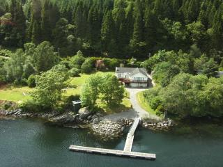 Perfect 3 bedroom Villa in Arrochar - Arrochar vacation rentals