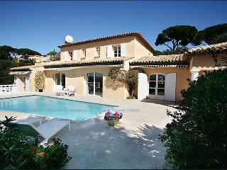 Villa exceptionnelle Vue mer - Piscine - 12 pers - Saint-Maxime vacation rentals