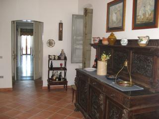 Casa Padronale del 1700 della Famiglia Castelli - Foggia vacation rentals