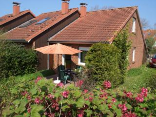 Sunny 2 bedroom House in Ostseebad Boltenhagen - Ostseebad Boltenhagen vacation rentals